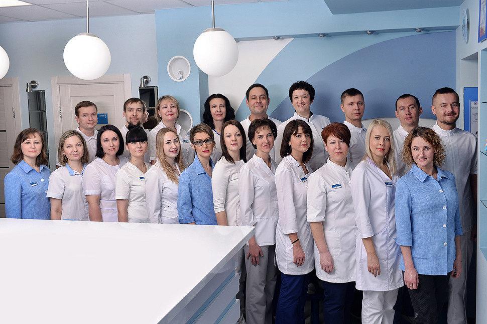 Фотография коллектива стоматологического центра Камея